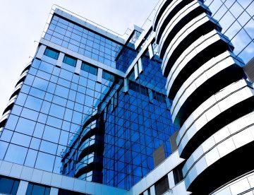 aluminium and glass city build